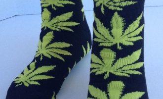 HTC Marijuanas Leaf Socks Black/Yellow 5