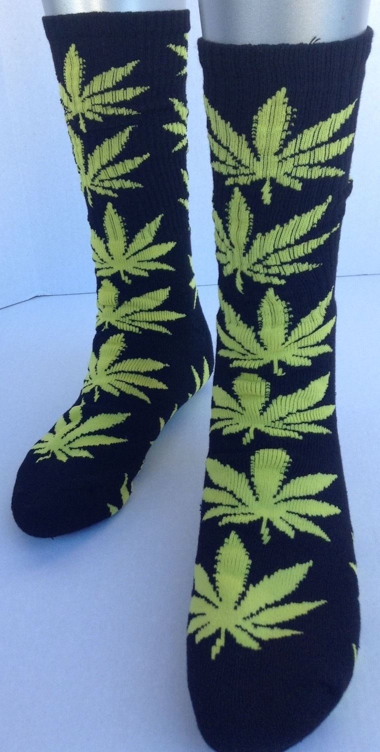HTC Marijuanas Leaf Socks Black/Yellow 1
