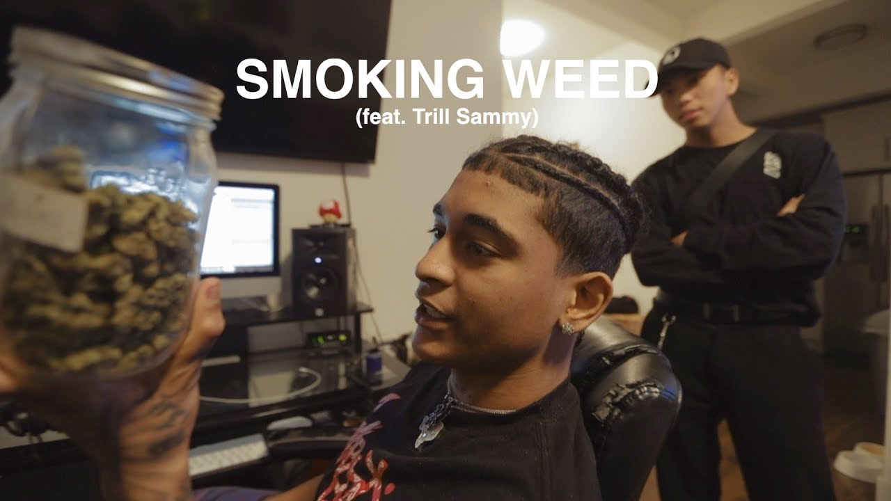 SMOKING WEED FOR THE FIRST TIME (feat. Trill Sammy) 1