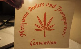 Marijuana's Dealers Transporters Convention IRON ON ROACH T SHIRT TRANSFER 61a 9