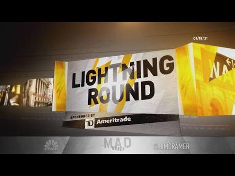 Cramer's lightning round: Canopy is the way to play marijuana 1