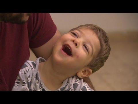 Toddler's seizures treated with medical marijuana 1